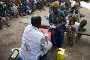 zdravotní péče v Africe. Místní obyvatelé nemají přístup ke specialistům