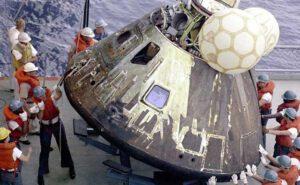 Modul Apolla 13 po přistání