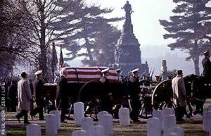 Pohřeb Guse Grissoma