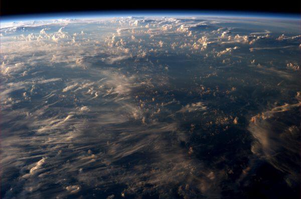 Možná si myslíte, že mraky jsou obyčejné. Ale jejich variabilita člověku bere dech.