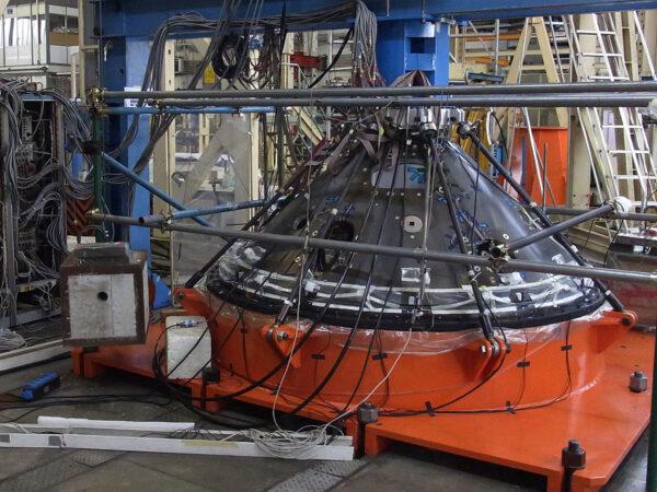 Testování evropského landeru EDM v nizozemském Noordwijku v říjnu 2013.