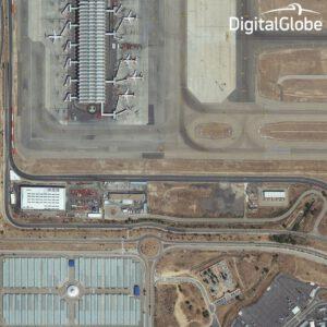 Madridské letiště Barajas z družice WorldView 3
