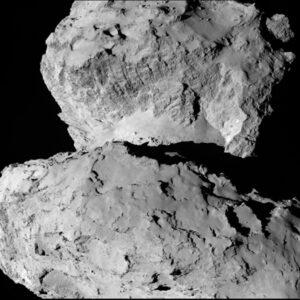 Úžasný detailní snímek OSIRIS za použití narrow-angle camera ze 7.8.2014 a vzdálenosti 104 km od komety. kredit: ESA/Rosetta/MPS for OSIRIS Team MPS/UPD/LAM/IAA/SSO/INTA/UPM/DASP/IDA