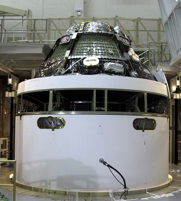 Připojení Orionu k servisnímu modulu