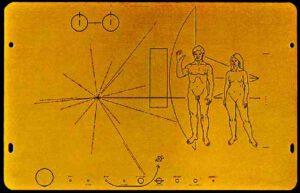 Pozlacené plakety na Pioneeru 10 a 11 nesou první lidské mezihvězdné poselství.