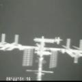 Pohled na ISS očima termokamery Dragonu.