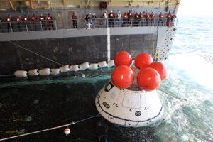 Maketa Orionu na USS Anchorage