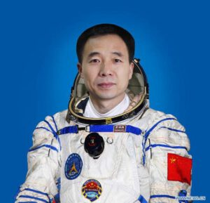 Yang Liwei - první Číňan ve vesmíru.