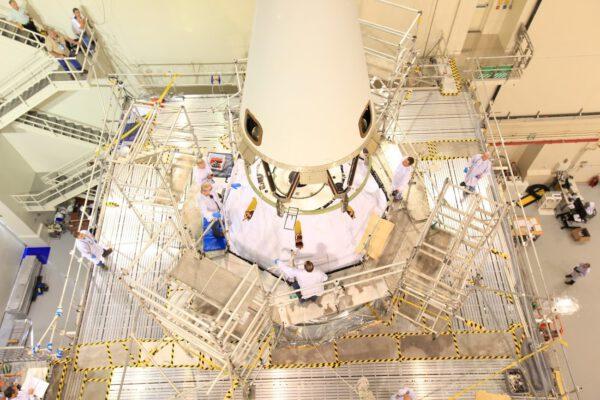 K lodi Orion je připojován záchranný systém LAS