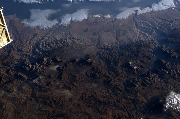 Poušť Atacama a její vulkány.