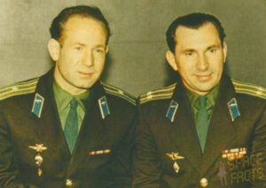 Posádka Voschodu-2: Leonov, Běljajev