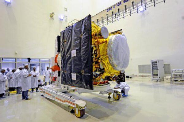 Příprava satelitu systému IRNSS