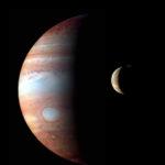 Montáž snímků New Horizons Jupiteru a měsíce Io