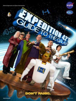 Plakát Expedice 42 ve stylu Stopařova průvodce Galaxií.
