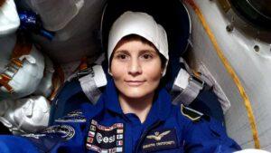 Samantha Cristoforetti během pozemní zkoušky  v lodi Sojuz