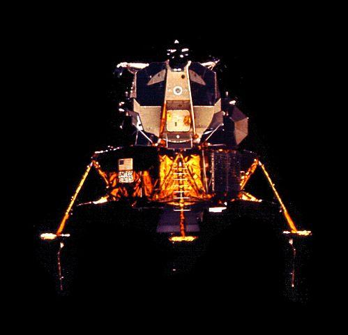 Lunární modul Orion po oddělení od Caspera