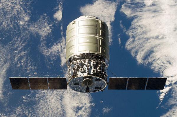 Která raketa nakonec vynese další loď Cygnus na oběžnou dráhu?