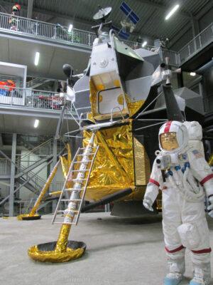 Lunární dioráma