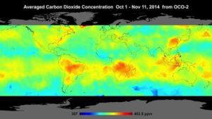 Mapa průměrných koncentrací oxidu uhličitého ze sondy OCO-2 v období mezi 1. říjnem a 11. listopadem 2014.