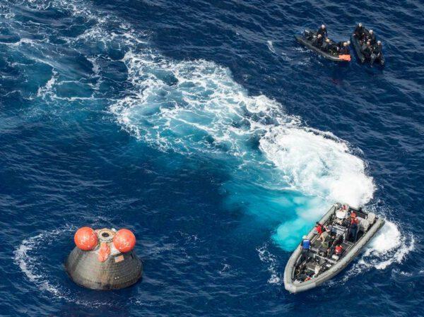 K Orionu přijíždí týmy potápěčů