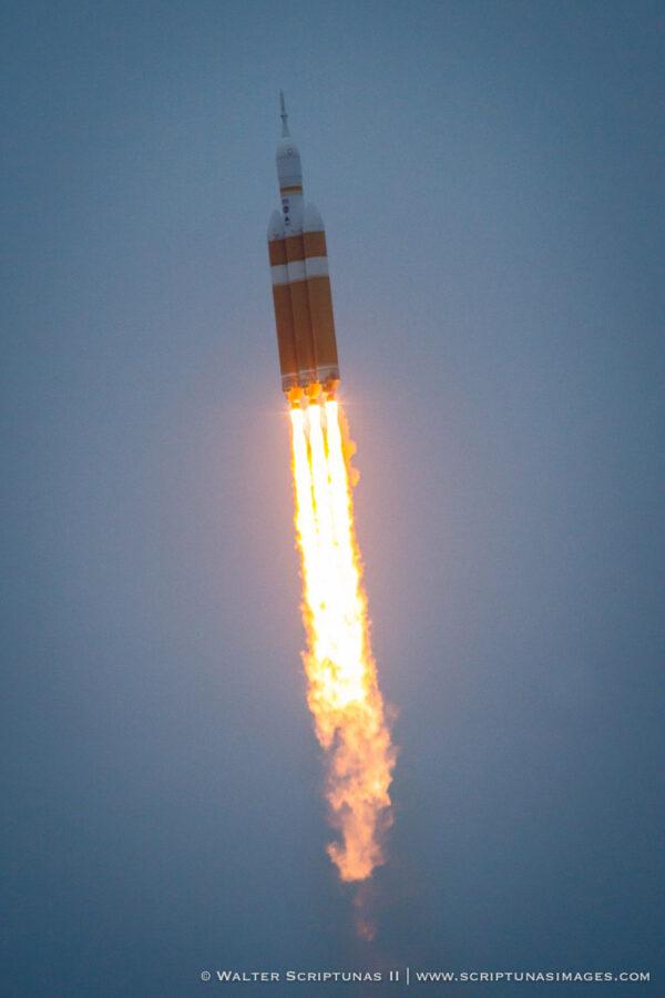 Spojené státy vstupují do nové kosmonautické éry