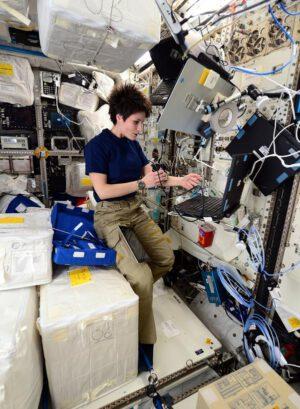 První měření pro experiment Skin-B v Columbu. Miluju vědecké bádání na ISS!