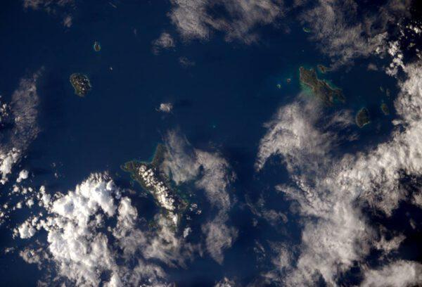 """""""A nakonec některé ze známých Seychelských ostrovů... Vsadím se, že někteří z vás mají v následujících týdnech tím směrem namířeno!"""""""