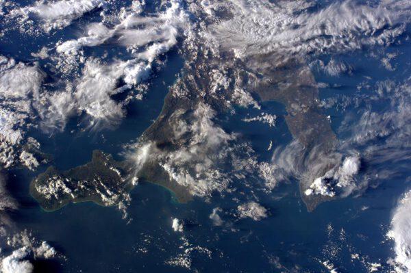 """""""Konečně denní přelet nad Itálií! Pouze Kalábrie, Apulie a Basilicata se odmítají vzdát oblakům!"""""""