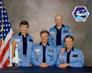 Posádka STS-6 (zleva: Peterson, Weitz, Musgrave, Bobko)