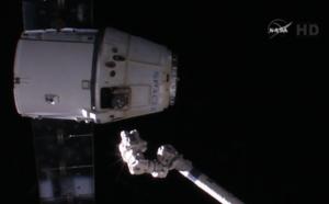 Uvolnění lodi Dragon od robotické paže