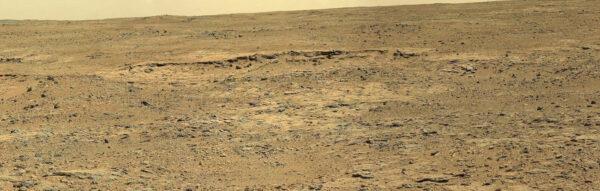 Během solu 437 nafotil rover oblast Cooperstown,kde měl naplánovanou druhou vědeckou zastávku.