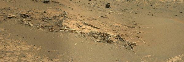 Zajímavé útvary na povrchu Marsu, které bude zkoumat Curiosity