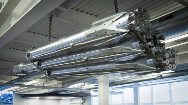 Kovový model Falconu Heavy pro aerodynamické zkoušky