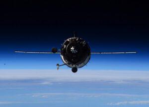 Sojuz TMA-16M, jak jej během přibližování vyfotil Terry Virts.