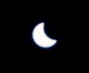 Takto pozorovala zatmění Slunce posádka lodi Gemini 12.