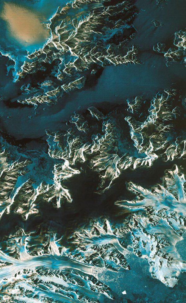 Antakrtický poloostrov. jelikož Sentinel obhá kolem Země po polární dráze, nevynechá žádnou část naší planety.