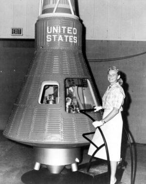 """Geraldyn """"Jerrie"""" Cobbové se sen o letu v kosmické lodi nesplnil."""