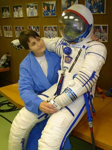 Vysoušení skafandrů neprobíhá jen po startu a letu k ISS, ale také během zkoušek a výcviku.