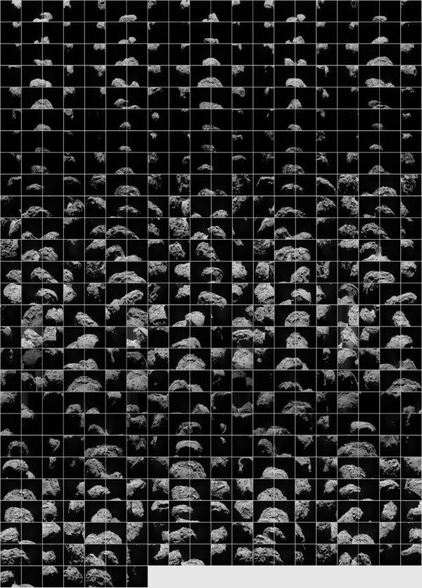 527 fotek pořízených mezi 2. a 23. zářím 2014. Vzdálenost od jádra 55 - 30 kilometrů