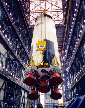 První stupeň rakety Saturn V pro misi Apollo 10