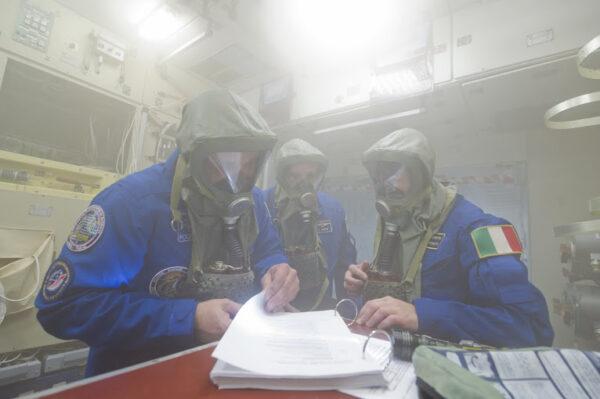 S Antonem a Terrym v servisním modulu procházíme procedurami týkající se požáru.