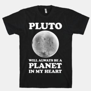 Někteří lidé se s vyřazením Pluta ze seznamu planet nehodlají smířit.
