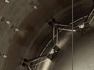 Vzpěry se na Falconu používají  na mnoha místech ve velkém počtu.