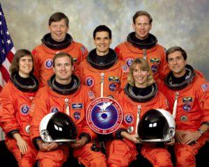 Posádka mise STS-83