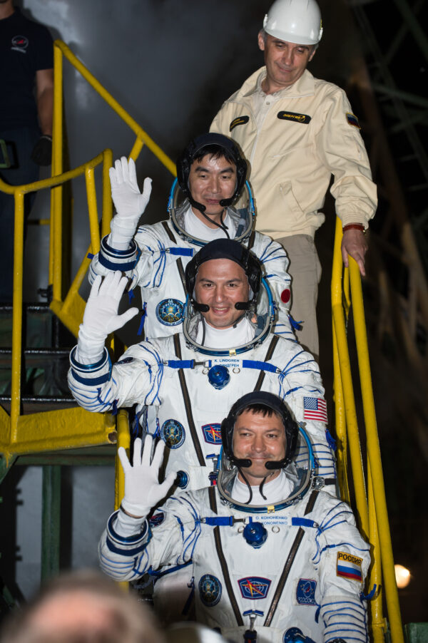 Rozloučení posádky na rampě