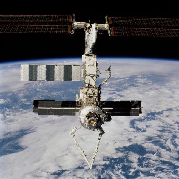 ISS po ukončení mise STS-100
