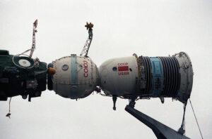 Sojuz spojený se stanicí Saljut