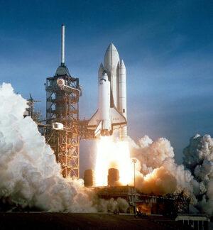 Start prvního amerického raketoplánu