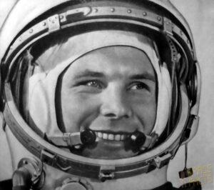 Gagarin v helmě svého skafandru