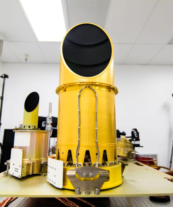 Kamerový systém OCAMS během zkoušek na testovacím stole